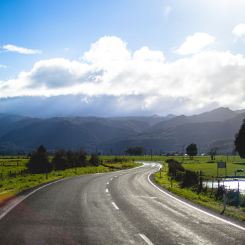 Pros and Cons of Living in New Zealand (30 day edition)