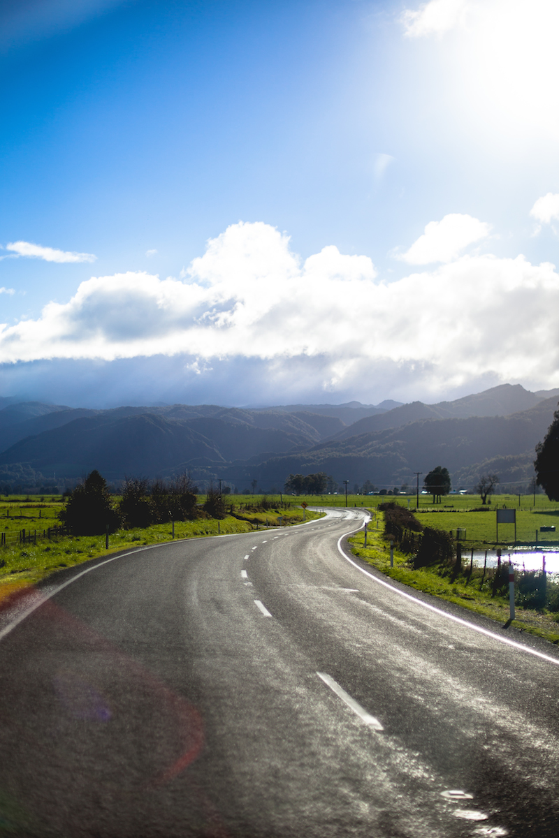 Pros And Cons Of Living In New Zealand 30 Day Edition Living In Another Language